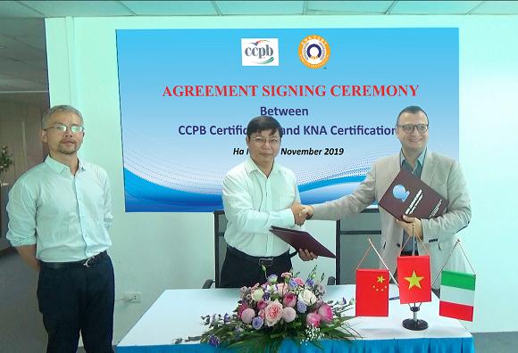 Lễ ký kết thỏa thuận hợp tác giữa KNA và tổ chức CCPB về chứng nhận ORGANIC