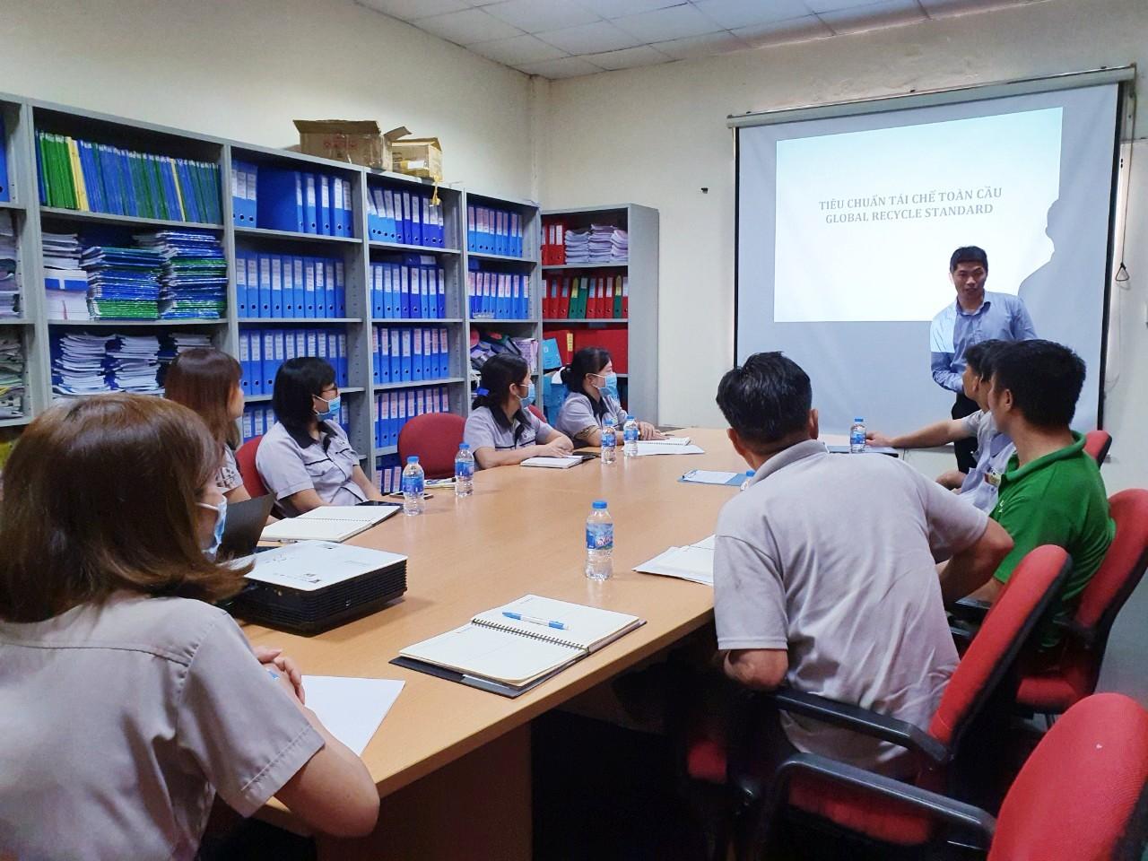 Đào tạo Tiêu chuẩn GRS cho Công Ty TNHH Ulhwa Việt Nam
